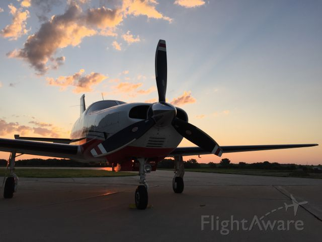 Piper Malibu Mirage (N91902) - This won me 1st place for the 2015 Iowa DOT photo contest for business aviation