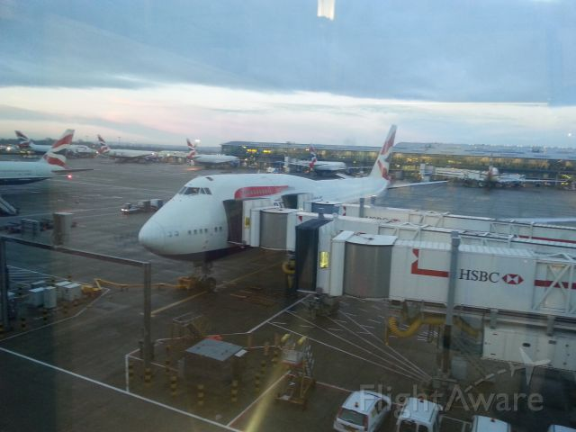 Boeing 747-200 — - Grey December 2013 on route to Moscow DME - who'd have thought these awesome aircraft would be pulled from the fleet 7 years later and now languishing in parcs all over the UK