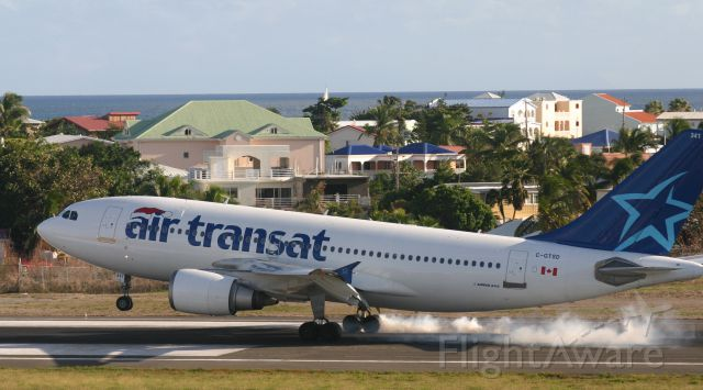 Airbus A330-300 (C-GTSD)