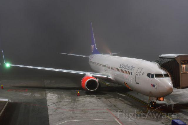 Boeing 737-800 (LN-RRF) - SAS Scandinavian Airlines Boeing 737-85P(WL) LN-RRF in Oslo Gardermoen Airport