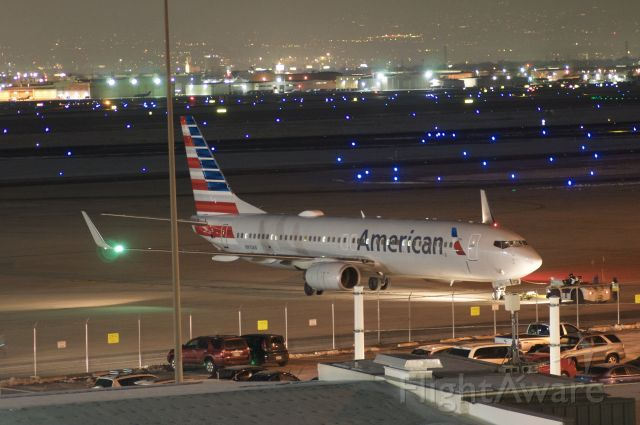Boeing 737-800 (N910AN) - My first try at night photography, best viewed in full.