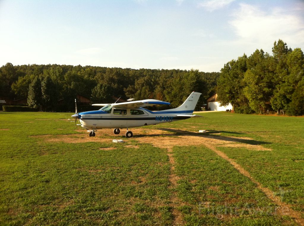 Cessna T210 Turbo Centurion (N9461Y) - N9461Y at 3M0, Lakeview/Gastons Trout Resort.