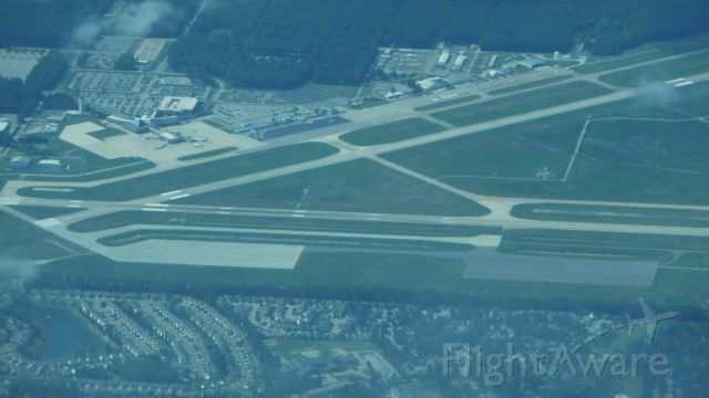 — — - Newport News Airport from 11,000