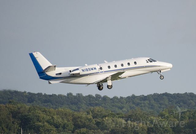 Cessna Citation Excel/XLS (N189WW) - N189WW Cessna C560XL Citation KFDK 20110925 - Veterans Airlift Command - Hero Flight - HRF9WW