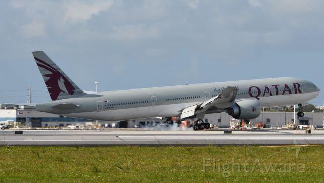 BOEING 777-300ER (A7-BAQ) - Touchdown RWY 8R