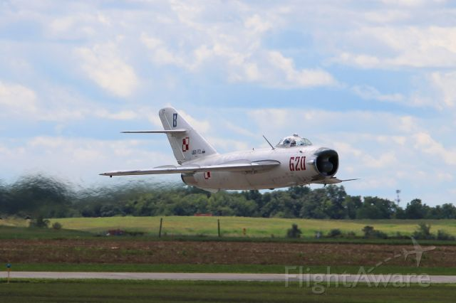 MIKOYAN MiG-17 (N620PF) - Randy Ball screamin' low past the crowd in his MIG-17 at Thunder over Michigan 21 Aug 2016.