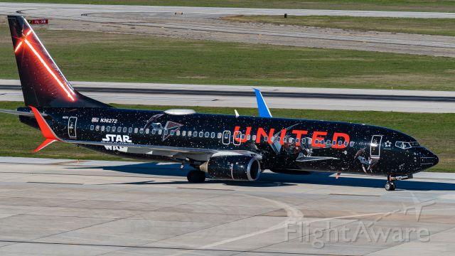 Boeing 737-800 (N36272) - 2/27/20
