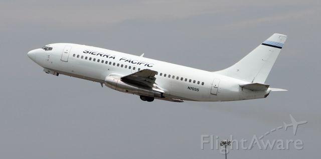 Boeing 737-200 (N703S) - Sierra Pacific 703 - a Boeing 737-200 departing Carl T. Jones Field, Huntsville International Airport, AL, via 36R - July 27, 2018.