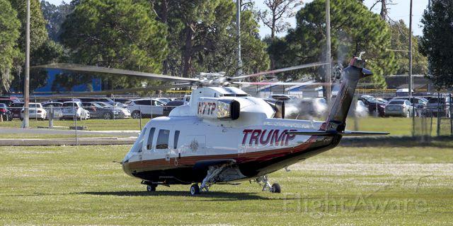 Cessna Skyhawk (N7TP) - Jeffery Scott Frayer NotableImages.us<br />At Robarts Arena in Sarasota Fl