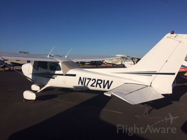 Cessna Skyhawk (N172RW) - 1979 CESSNA 172N<br />Fixed wing single engine <br />(4 seats / 1 engine)