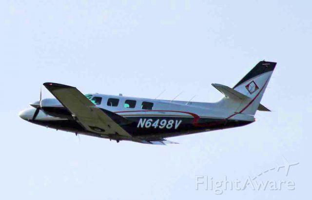 Cessna T303 Crusader (N6498V)