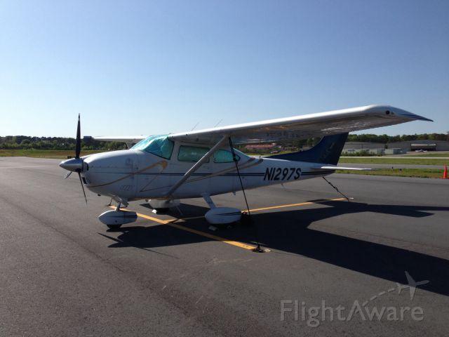 Cessna Skylane (N1297S)