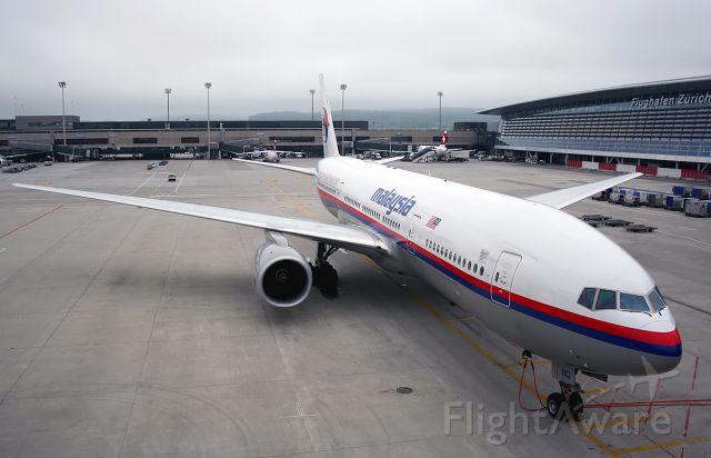 Boeing 777-200 (9M-MRO)