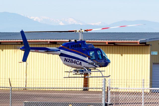 Bell JetRanger (N284CA) - N284CA air taxi at KFNL.
