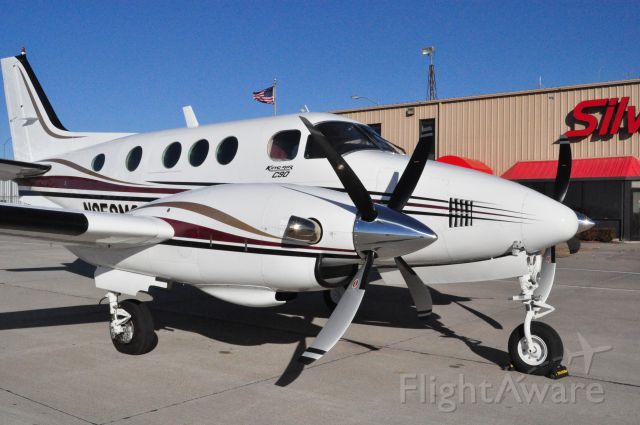 Beechcraft King Air 90 (N959MC) - This is the first C90 to fly with the new Raisbeck Swept Blade Turbo Fan Propellers and Dual Aft Body Strakes. Propellers and Strakes installed by International Propeller and Silverhawk Aviation in Lincoln, NE.