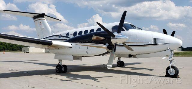 Beechcraft Super King Air 200 (N1496B)