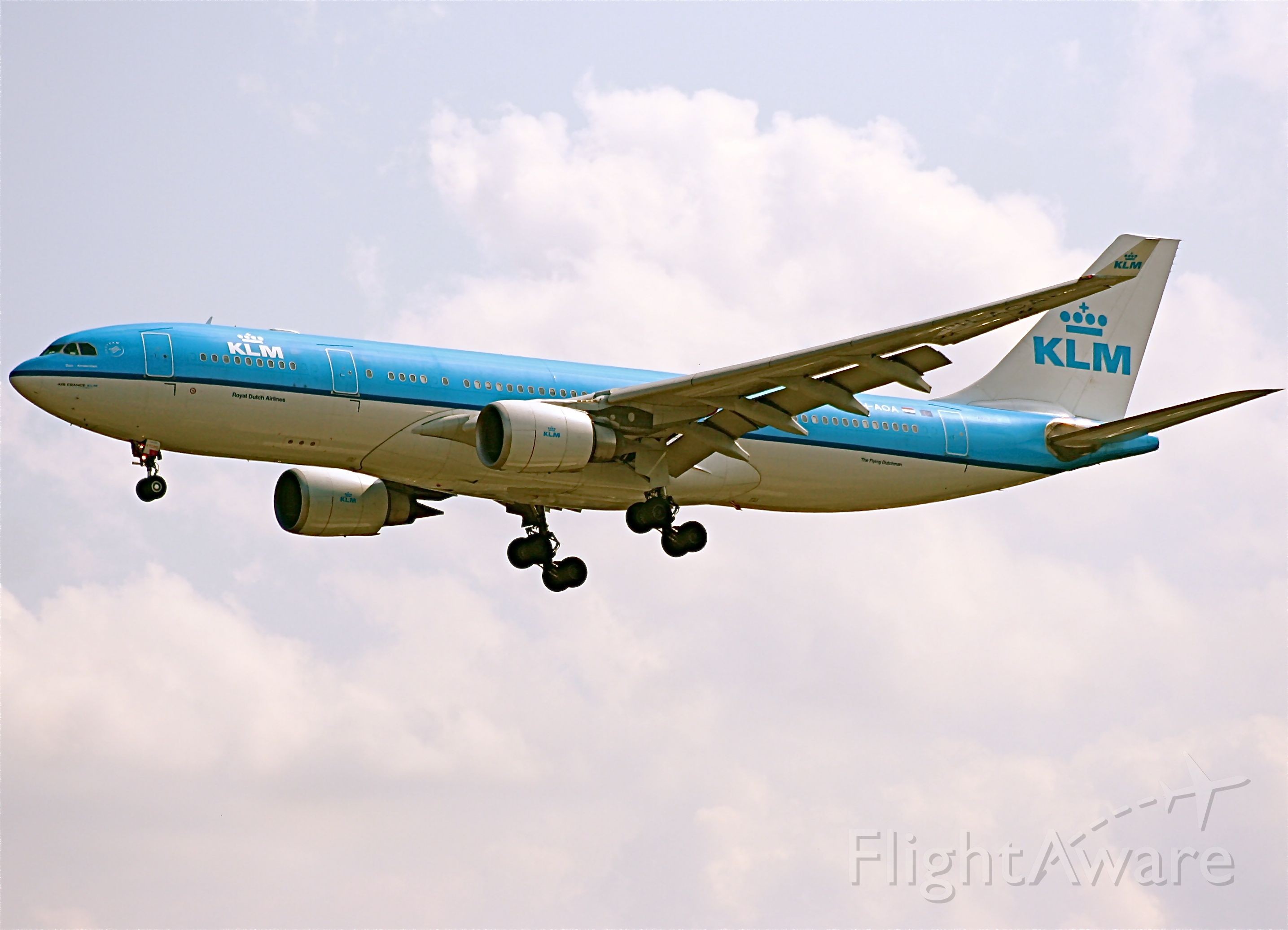 Airbus A330-300 (PH-AOA)