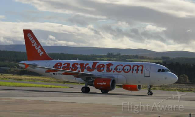 Airbus A319 (G-EZDV) - Easyjey Airbus A319-111 G-EZDV in Inverness