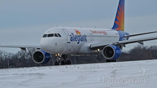 Airbus A320 (N220NV) - One of new to Allegiant, A320s
