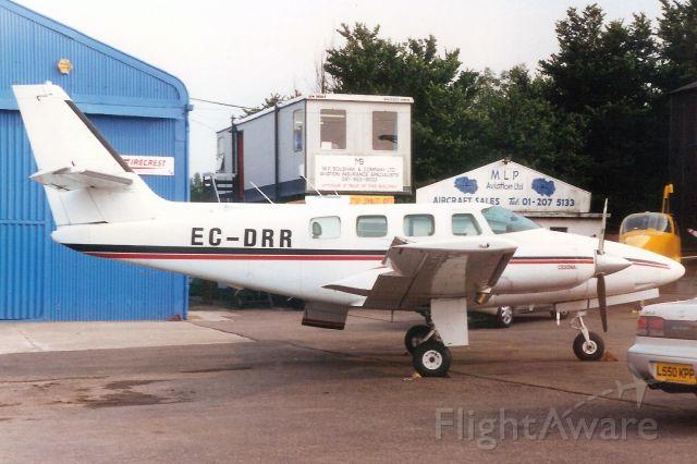 Cessna T303 Crusader (EC-DRR) - Seen here in Jul-95.  Reregistered N624TC 1-Dec-95. Registration cancelled 20-Jul-04.