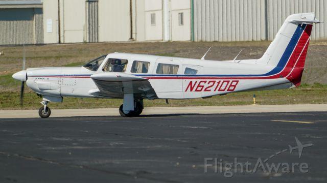 Piper Saratoga (N621DB)