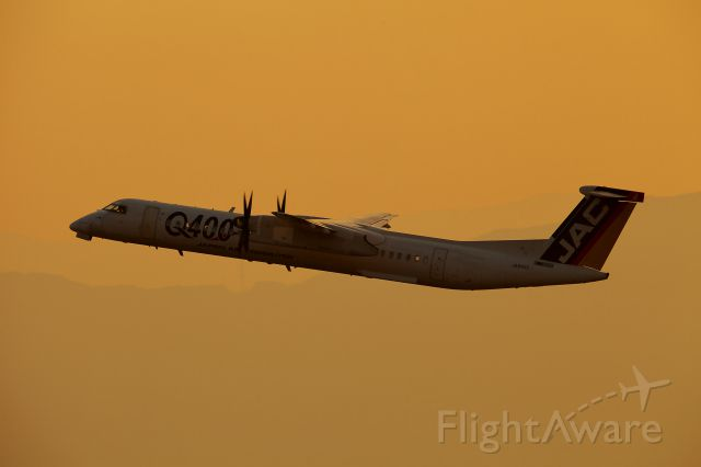 de Havilland Dash 8-400 (JA842C) - Japan Air Commuter<br />Bombardier DHC-8-402Q Dash 8