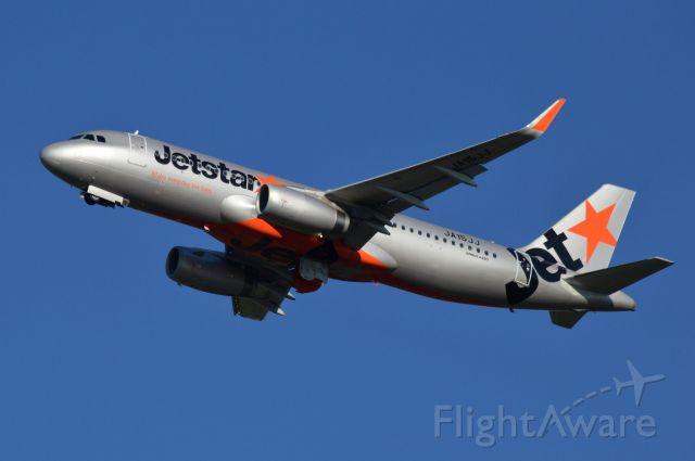 Airbus A320 (JA15JJ) - 2014/08/26