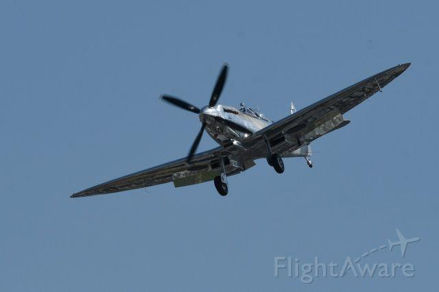 SUPERMARINE Spitfire (G-IRTY)