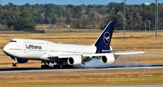 BOEING 747-8 (D-ABYA)