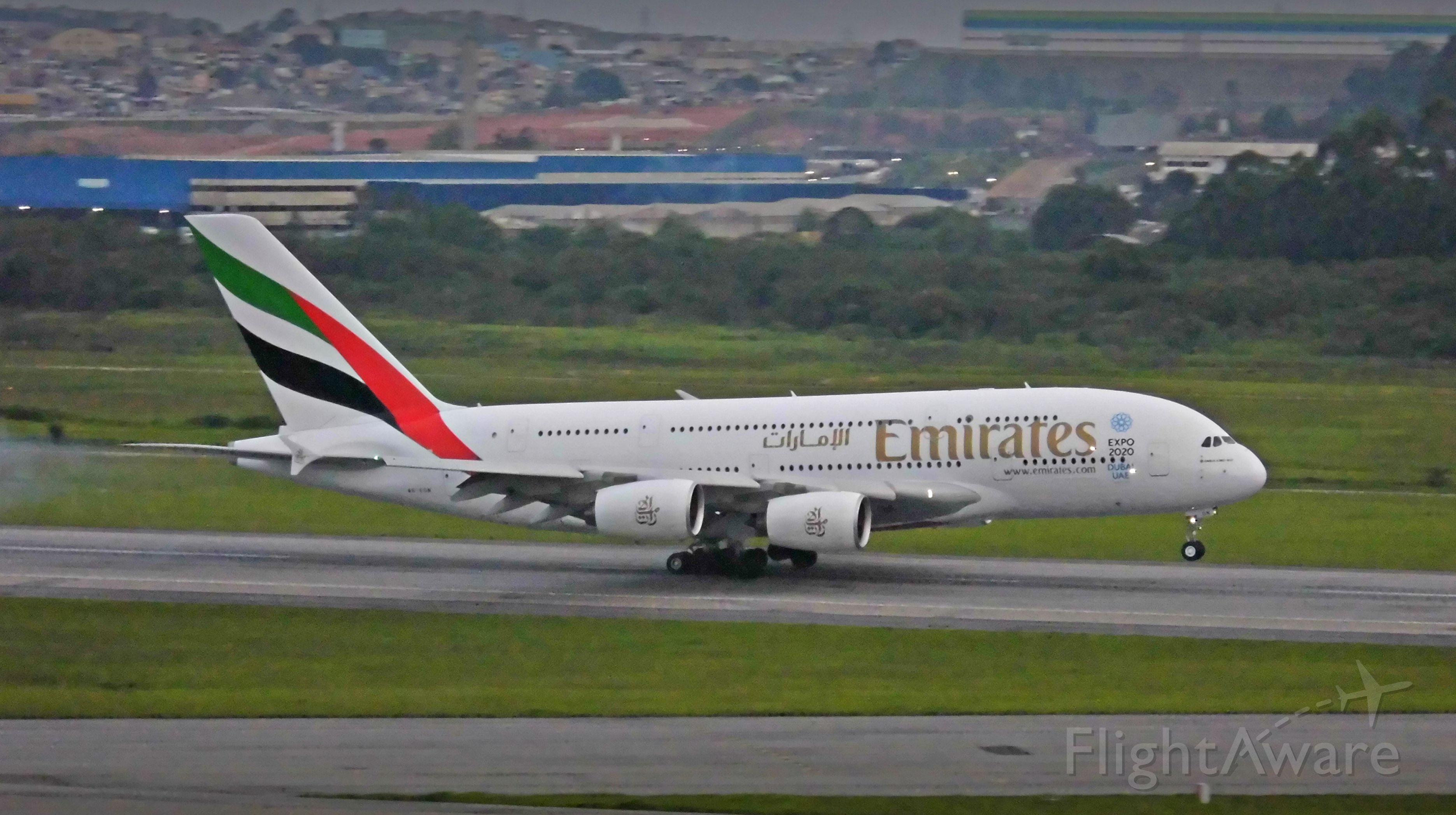 Airbus A380-800 (A6-EON) - 14/11/2015