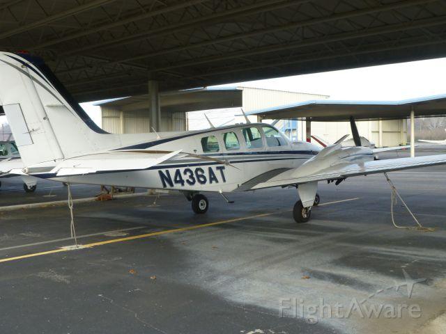 Beechcraft Baron (58) (N436AT)