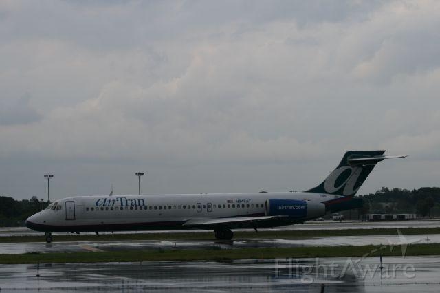 Boeing 717-200 (N945AT)