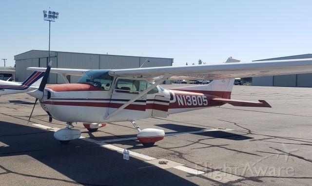 Cessna Skyhawk (N13805)
