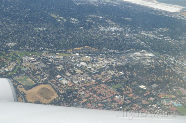 — — - View of downtown Stanford University. Landing into SFO, United 59 from Frankfurt.
