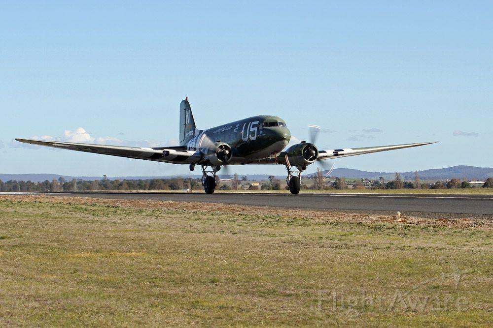 Douglas DC-3 (VH-XUX) - Commemorative HUMP Flight