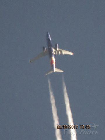 Boeing 737-700 (N7717D)