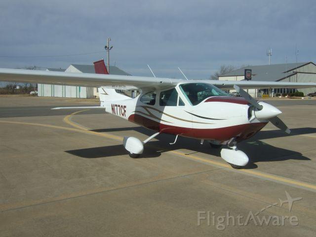 Cessna Cardinal (N177CF)