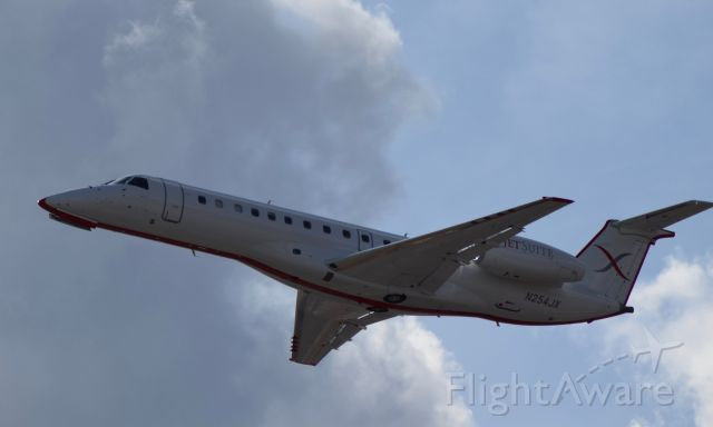 Embraer ERJ-135 (N254JX) - Jet Suite X departing from Burbank on its way to Las Vegas!