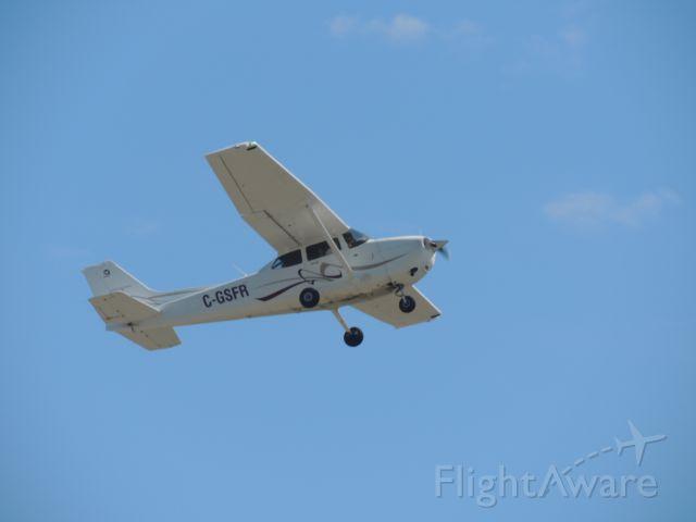 Cessna Skyhawk (C-GSFR)