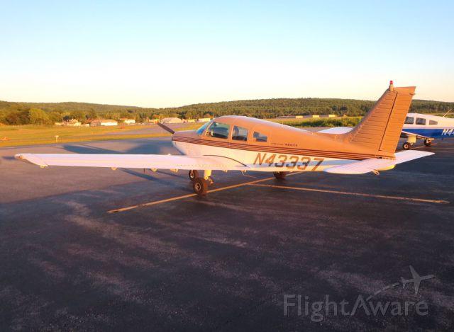 Piper Cherokee (N43337)