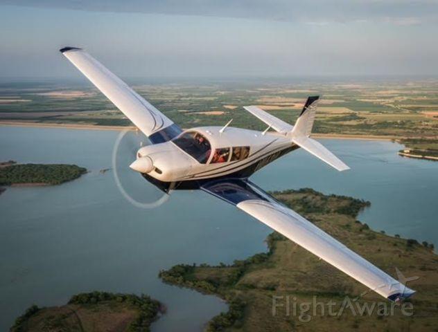 Mooney M-20 (N1169N) - Glamour shot - Mach Point One Aviation