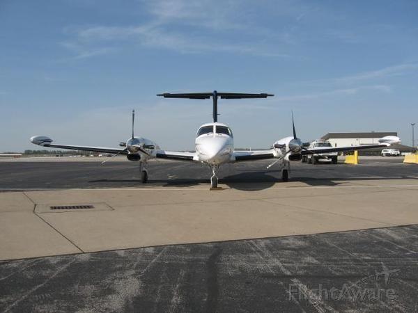 Piper Cheyenne 3 (N238PC) - West Memphis on Prison medical trip