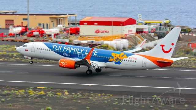 Boeing 737-700 (C-FTOH) - first visit of that livery to La Palma