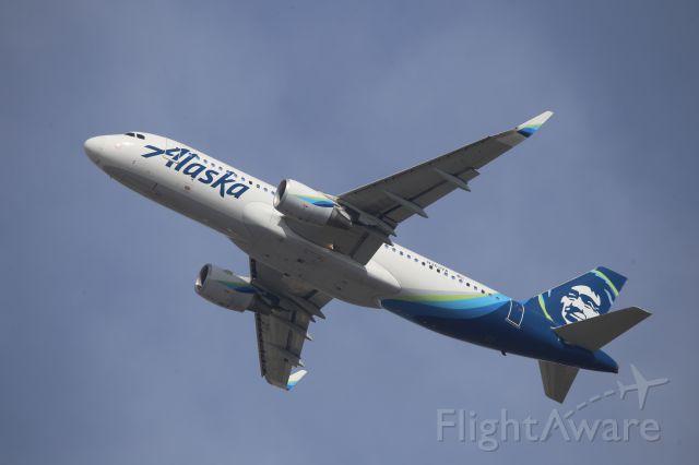Airbus A320 (N363VA)