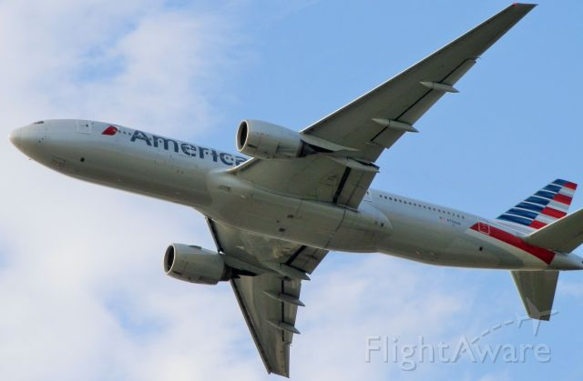 """Boeing 777-200 (N758AN) - American B777-200 """"These Models are powered By Two(Rolls Royce Trent 830 Engines!"""""""