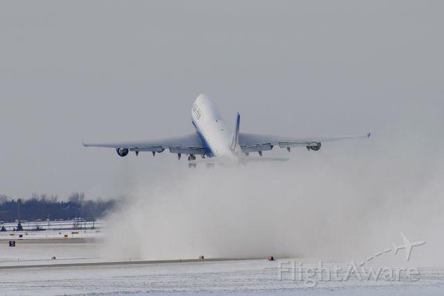 Boeing 747-400 (N116UA) - Queen visit in 2008