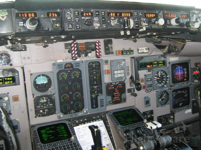 McDonnell Douglas MD-82 (PJ-MDD) - a view from the cockpit