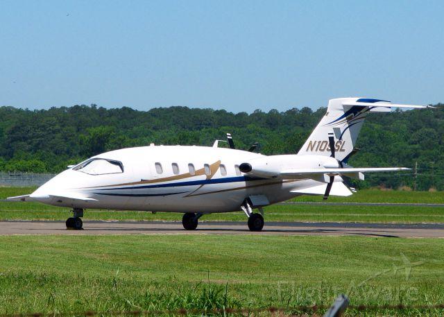 Piaggio P.180 Avanti (N109SL) - At Natchitoches Regional.