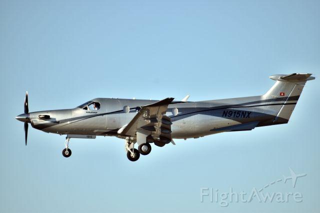 Pilatus PC-12 (N915NX)