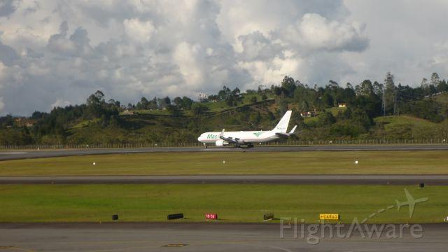BOEING 767-300 (N526LA)